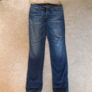 MOVING SALE! 🚚 Lucky Brand Jeans